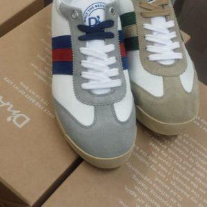 Sneakers (7)